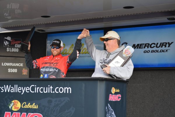 MWC Winning Anglers on the podium
