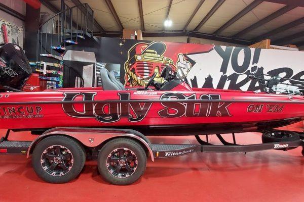 Ugly Stik Wrapped Boat