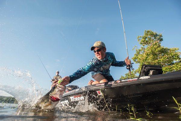 Angler Landing Splashing Bass